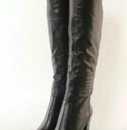 Long over the knee boots