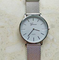 Μεταλλικό ρολόι γυναικών (νέο)