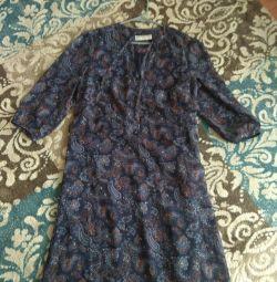 Φόρεμα με μανίκια