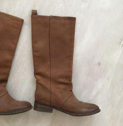 Μπότες από δέρμα μανγκό