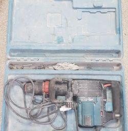 Utilaj Makita HM1202C