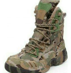 MAGNUM cizme (SUA)