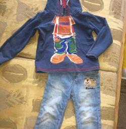 Sweatshirt and jeans