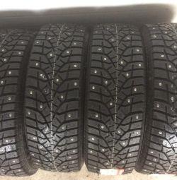 Χειμερινά ελαστικά R16 235 60 Bridgestone
