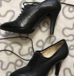 Туфли-ботильоны кожаные 36
