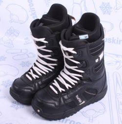 Сноубордические ботинки Burton 38