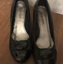 Shoes 38 r