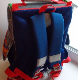 Рюкзак школьный разноцветный «Футбол»