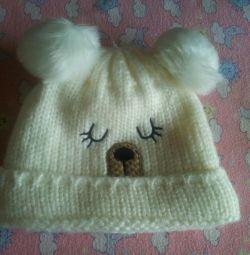 Noua pălărie drăguță de iarnă