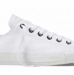 Αντίστροφα πάνινα παπούτσια