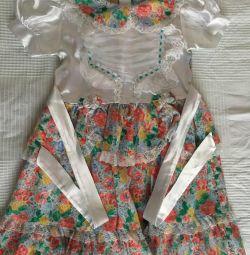 Платье на девочку 6 лет.
