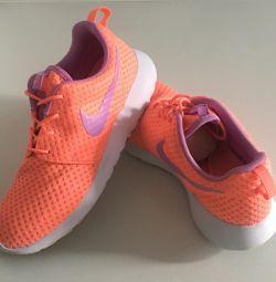 Adidași Nike Roshe Run