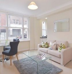 STUNNING 1 BEDROOM FLAT, FURNISHED CLOSE TRANSPORT LINKS IN Hill Street, Mayfair London