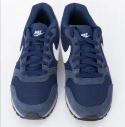 Νέα αθλητικά παπούτσια της Nike