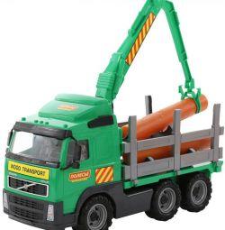 Tomruk kamyonu