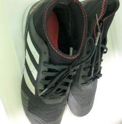 Παπούτσια για ποδόσφαιρο