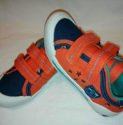 New sneakers, sneakers with Velcro, size 31-35