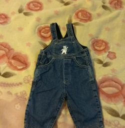 Утеплeнный джинсовый комбинезон