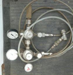 Εξοπλισμός για κυλίνδρους αερίου με μονομερή