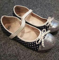 Kızlar için bale ayakkabıları s. 36