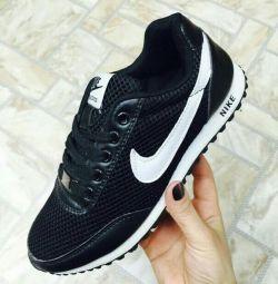 Spor ayakkabısı 38