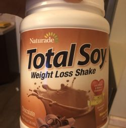 Total soy з шоколадним смаком. замінник птщі