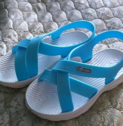 Sandals. NEW!
