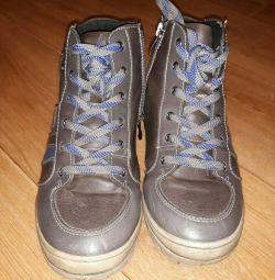 leather boots demi-season