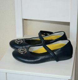 Okul için ayakkabı p34