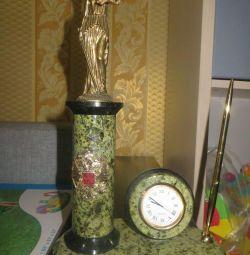 Themis clock organizer