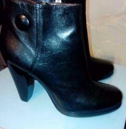 Μπότες αστράγαλο, 38 r. Ιταλία.