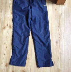 Pantaloni pentru sport p 146