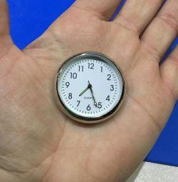 Ρολόι για εσωτερικό και χρόνο