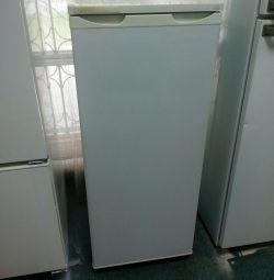 Refrigerator Saratov 1614M used