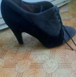 Women's shoes New.