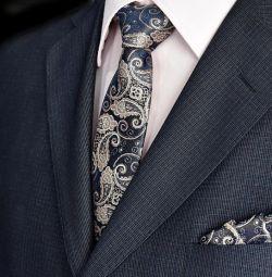 Νέο γραβάτα + μαντήλι για έναν έφηβο