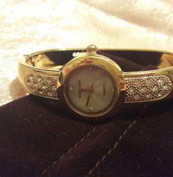 Oriflame watch