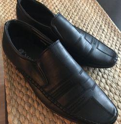 👞 παπούτσια για άνδρες για το αγόρι