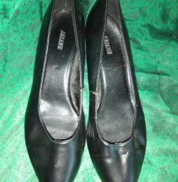 Παπούτσια 40