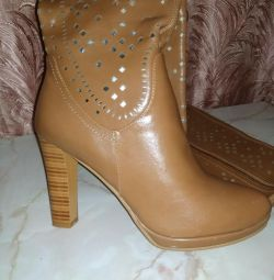 Women's new boots
