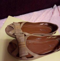 Παπούτσια p 35-36 NUBUK