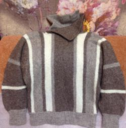 Sweater 12-14 years old.