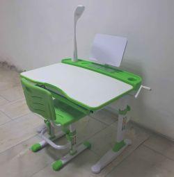 Σετ γραφείου και καρεκλών EVO-19 πράσινο με λάμπα