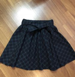 Skirt Zara girls, 140
