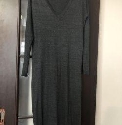 Πλεκτό φόρεμα Bershka