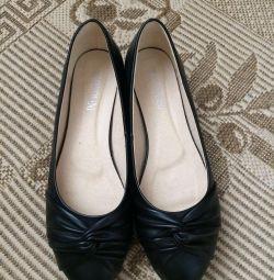 Pantofi 40rr