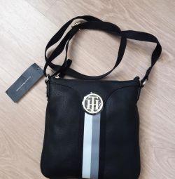 Tommy Hilfiger erkek çantası