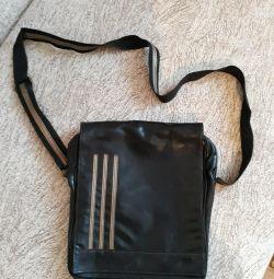 Τσάντα ώμου (άνδρες)