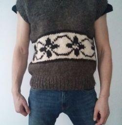 Sheepskin knitted vest