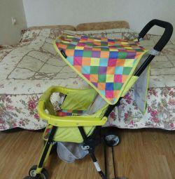 Çocuklar için bebek arabası